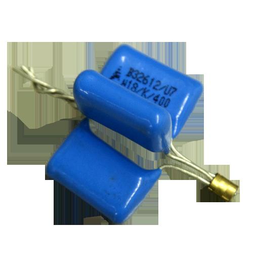 Crimpagem de topo para união de 3 resistores